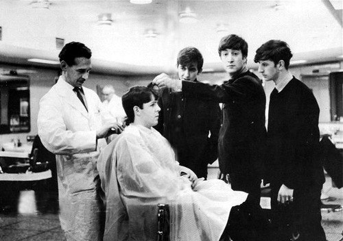 beatles-barbershop-5-weiss